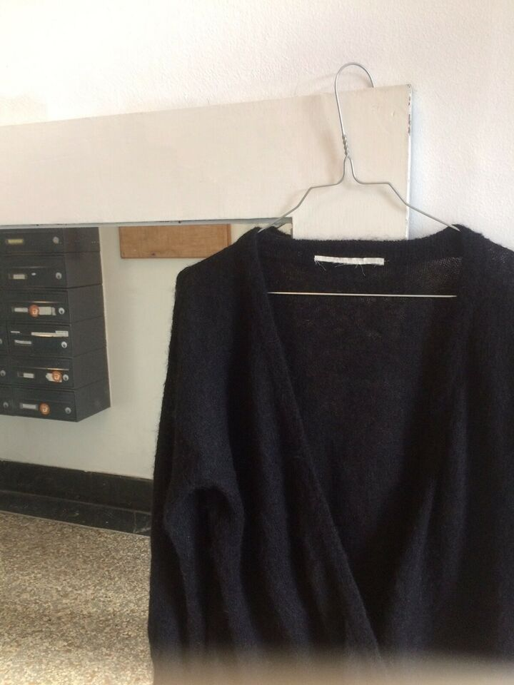 Sweater, 8Pm, str. 36 – dba.dk – Køb og Salg af Nyt og Brugt
