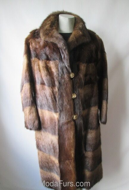 Women's Sz 8 10 Muskrat Fur Coat Clearance Sale  Vintage MINT+ Medium