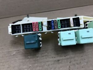 BMW OEM E39 REAR TRUNK STORAGE POWER JUNCTION TERMINAL RELAY PANEL ...