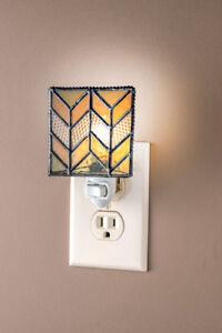 J-Devlin-Glass-Art-Chevron-Night-Light-Apricot-Beige-and-Castle-with-Box-amp-Bulb