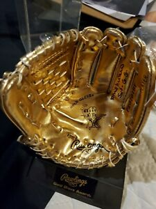 Phil-Niekro-Autographed-Rawlings-Mini-Gold-Glove