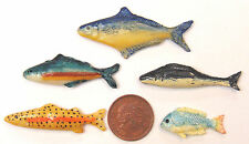 1:12 Scale Set Of 5 Loose Silver Polymer Clay Fish For A Dolls House Kitchen E
