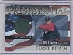 2004-TOPPS-PRESIDENTIAL-FIRST-PITCH-BILL-CLINTON-CHROME-FPR-BC-SEAT-RELIC