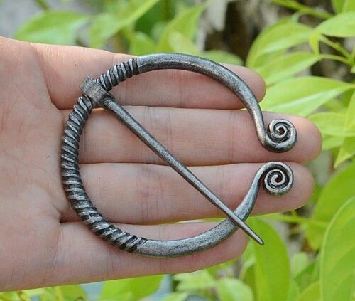 """Silvery 2-3//8/"""" Spiral End Celtic PENANNULAR Brooch Cloak Hair with 2-5//8/"""" pin"""