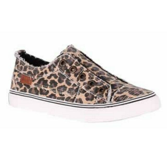 Natural City Kitty Canvas Womens Casual