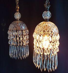 BEAUTIFUL-ANTIQUE-PAIR-PENDANT-CEILING-LIGHTS-CUT-CRYSTAL-GLASS-amp-GILT-BRONZE