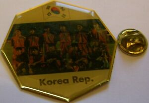 WORLD-CUP-94-USA-SOCCER-SOUTH-KOREA-TEAM-PIC-FIFA-FOOTBALL-vintage-pin-badge-Z8J