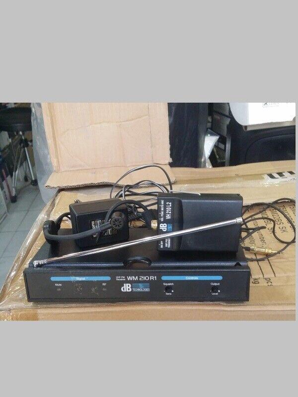 Radiomicrofono archetto VHF 174.500 DB TECHNOLOGIE WM210 Usato