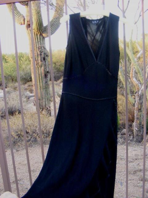 BLACK Long Allen Schwartz Tango Style DRESS GOWN ABS flowing Ruffled ...