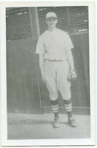 Baseball-Photo-Postcard-of-Joe-Ogrodowski