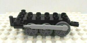 go-Duplo-Train-Engine-Base-2x6-w-drive-shaft-Black-w-gray-wheels
