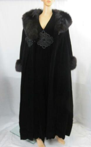 Vintage Donald Brooks Black Velvet Opera Coat & Ev