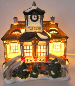 Grandeur-Noel-Victorian-Village-Train-Station-Christmas-1999-Vintage-Replacement