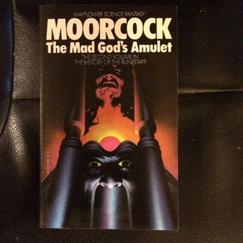 1 of 1 - Michael Moorcock book The Mad God's Amulet 1977 0583113850 Granada 2nd Runestaff