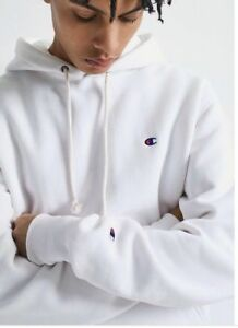 29864ef7a753 NEW WHITE CHAMPION X UO REVERSE WEAVE HOODIE W  2 LOGOS CHEST SLV ...