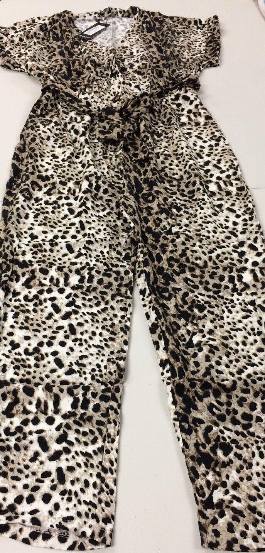 B342nasty gal leopard button down jumpsuit tan Size L