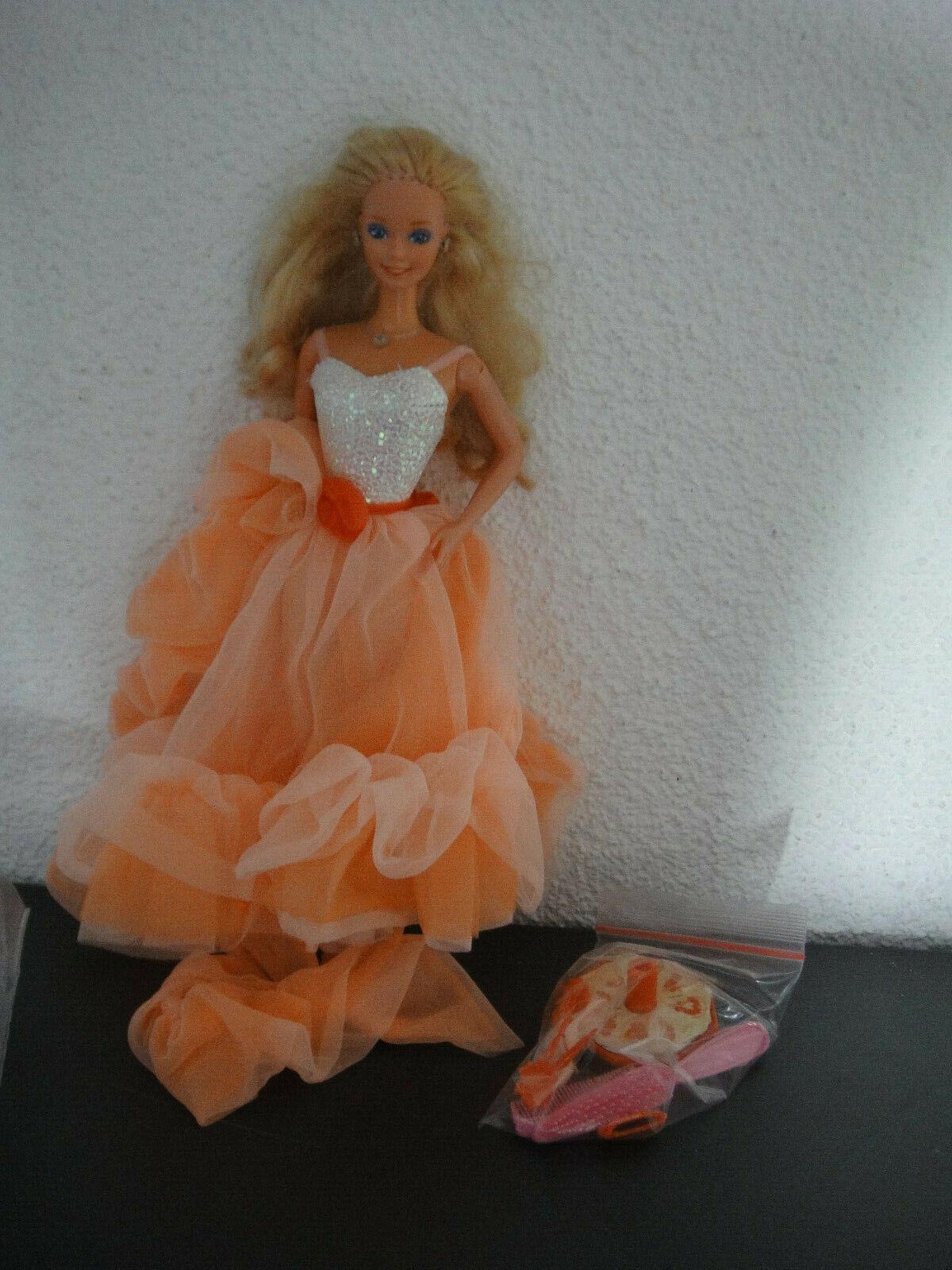 Barbie   Peach´n Cream   SuperStern Ära Era   Super Stern   mit Schmuck Schuhe No2