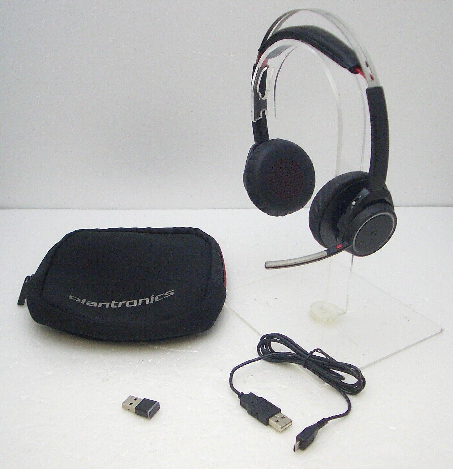 (1) Refurbished Plantronics Voyager Focus UC Bluetooth Wireless Headphones  No Stand Model   B825-M 760ab9f8ca586
