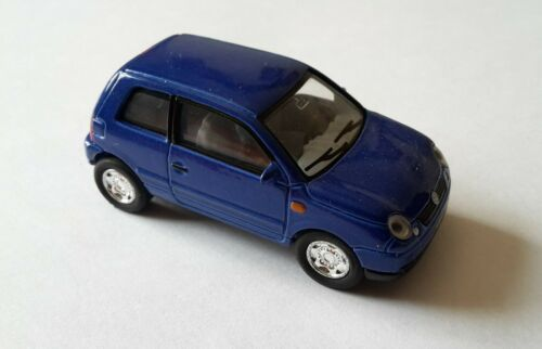 VW Lupo escala 1:56 azul