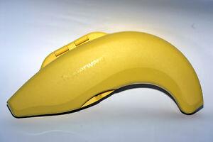 Tupperware-Banana-Joe-A158-Behaelter-fuer-eine-Banane-geringe-Gebrauchsspuren
