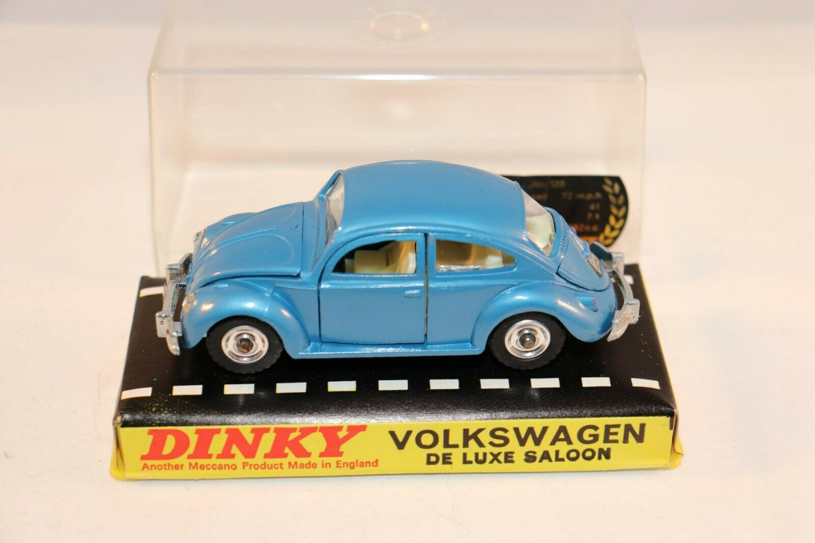 Dinky Toys 129 Volkswagen de luxe in very very near mint in box condition super