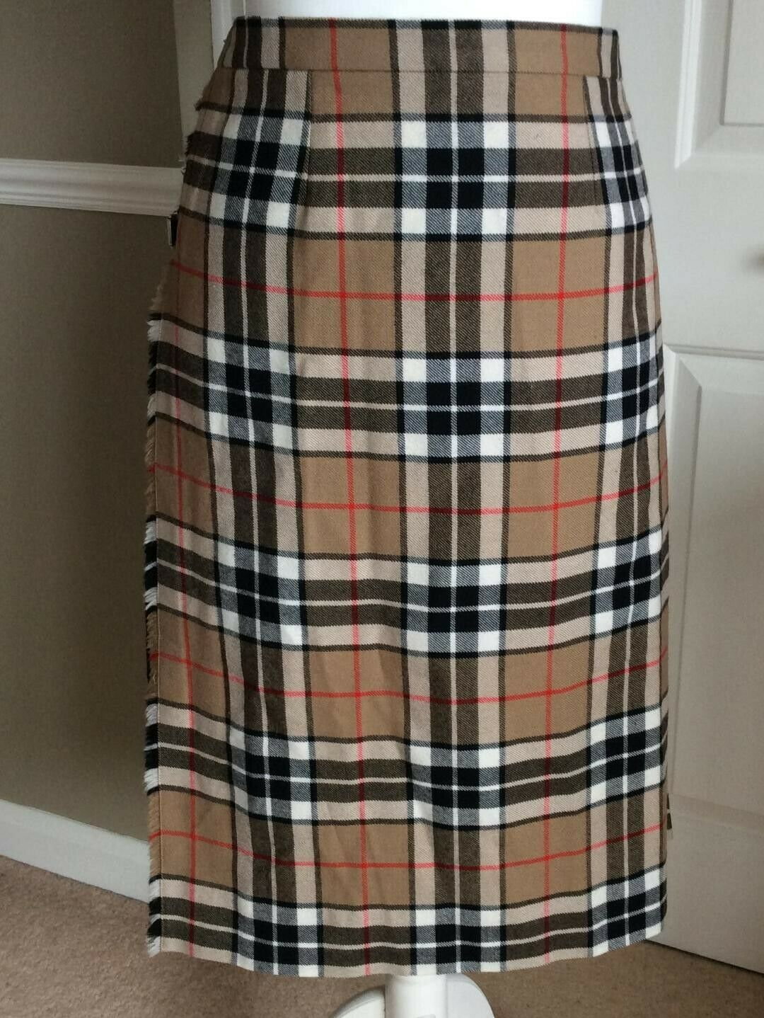 Hector Russell Beige Tartan 100% Pure New Wool Scottish Kilt