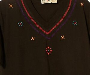 Knit-Top-V-Neck-Black-Wood-Bead-Embroidery-Trim-Short-Sleeve-Size-Medium