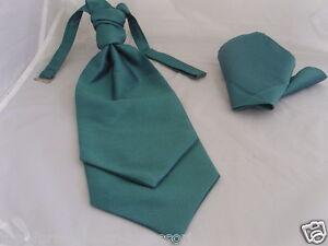 Grosgrain Polyester /> Shocking Pink MENS Ruche Wedding Tie-Cravat and Hankie Set