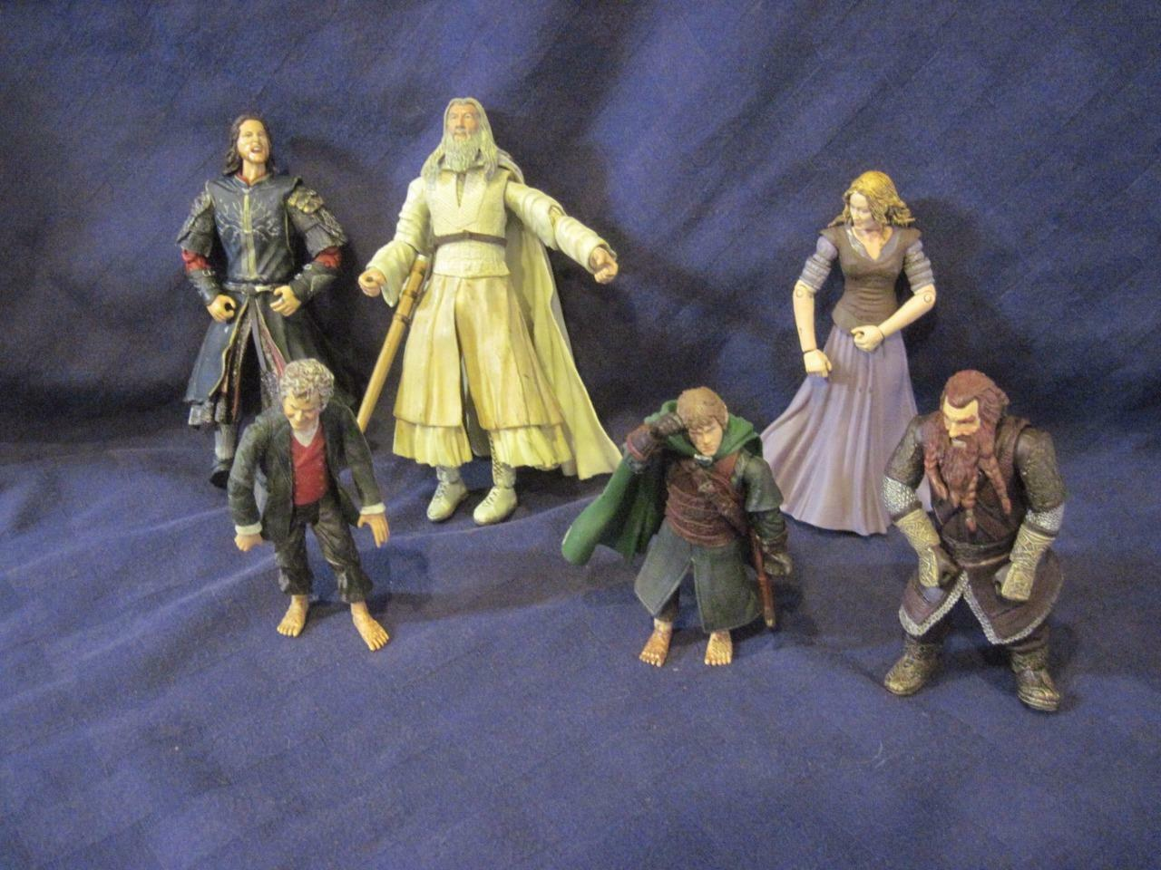 2002 Marvel Lord of the Rings Hobbit Action Figure Aragorn-Bilbo-More Lot of 5