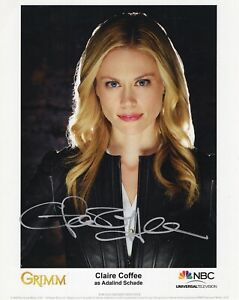 CLAIRE-COFFEE-HAND-SIGNED-8x10-COLOR-PHOTO-COA-STUNNING-SEXY-ACTRESS-GRIMM