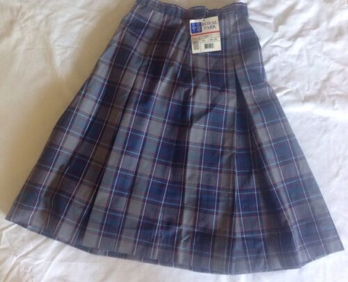 NWT Royal Park School Uniform Style 134 Color 53 Size 8 Teen Long Skirt