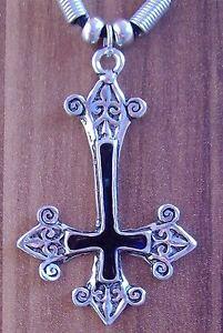 wähle echt wie man bestellt viele möglichkeiten Details zu Gothic Edelstahl umgedrehtes Kreuz Anhänger