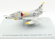 """ARMOUR COLLECTION 1:100 5221 US NAVY """"VIETNAM WAR"""" A4 E/F SKYHAWK"""
