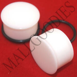 1312-White-Acrylic-Single-Flare-11-16-034-Inch-Ear-Plugs-18mm-MallGoodies-1-Pair