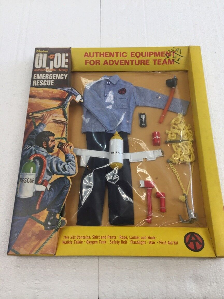 1971 GIJOE Authentic Equipment for Adventure Team EMERGENCY RESPONSE by Hasbro 1