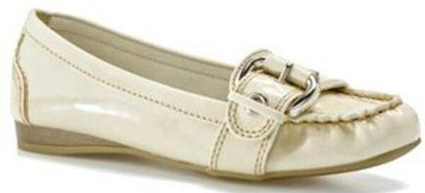 Nickels Ariana cream patent loafers flats sz 6 med NEW