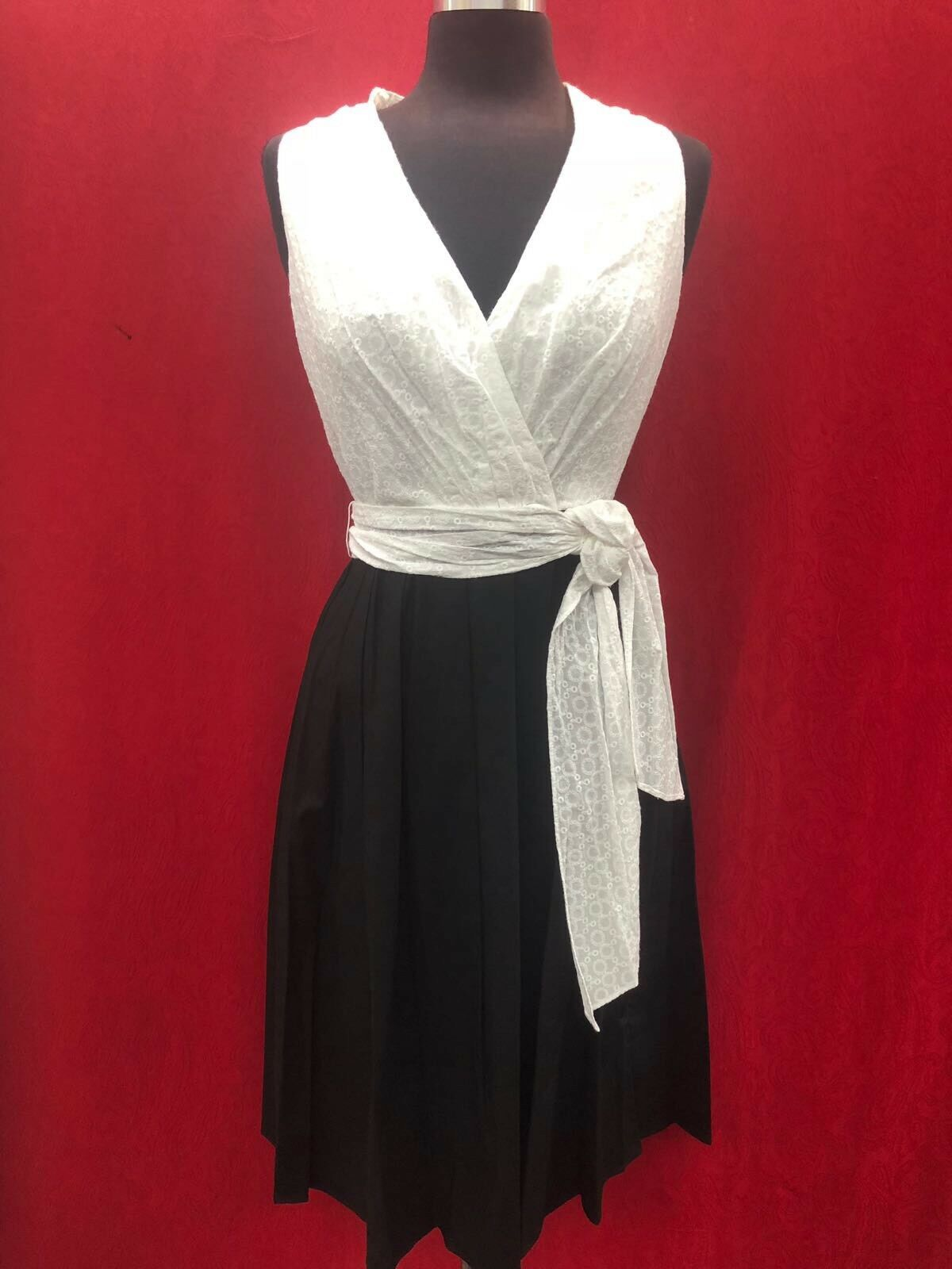ELLEN TRACY COTTON DRESS LENGTH 39  NEW WITH TAG RETAIL 149 SIZE 10