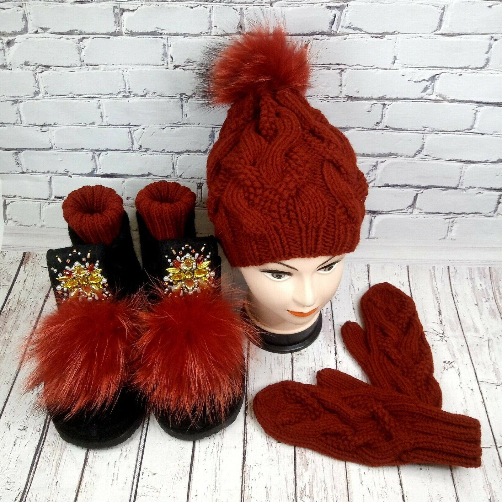 Valenki with red decor - Felted boots – Felt shoes women – Embroidered crown