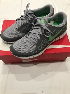 26d1b94fed30 Image is loading Men-s-Nike-Running-Shoes-Size-9-5-