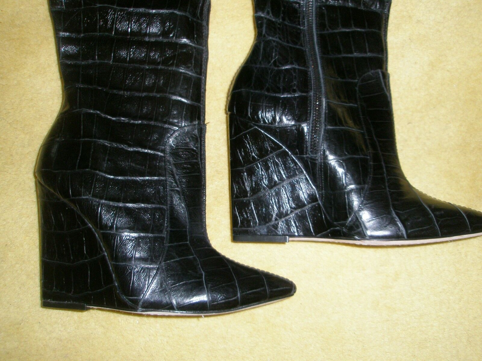 Alice and Olivia Ophelia Black Black Black Wedge Crocodile Embossed Leather Boots Size 8 da4a56
