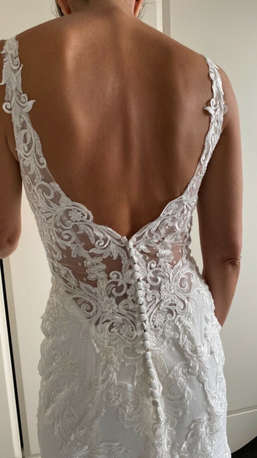 maggie sottero wedding dress size 8. Had Cups put in. Never worn, only tried on.