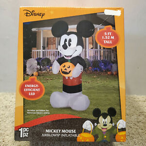Halloween-Disney-5-ft-Mickey-Mouse-w-Pumpkin-Lighted-Yard-Airblown-Inflatable