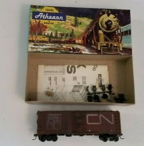 Athearn HO Scale Canadian National 40' Box Car Kit 1209 with Box