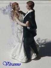 1 couple de mariés en résine dansant, figurine gâteau de mariage.