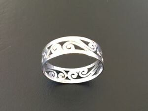 925 Sterling Silver Swirl Ring Size 8