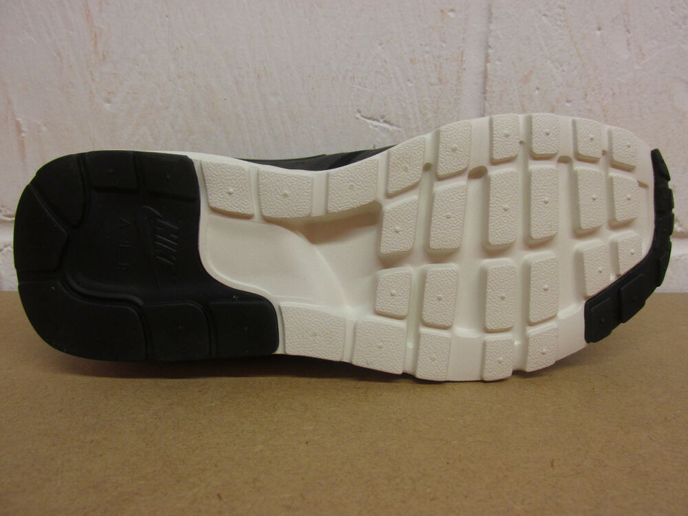 sale retailer 7216b b92c9 ... Nike Femme Air Max Zero Running Baskets Baskets Baskets 857661 002 Baskets  Chaussures- Chaussures de
