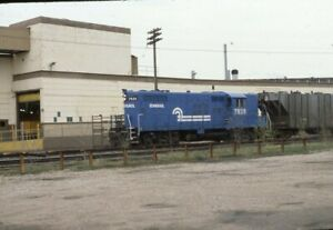 CONRAIL-Railroad-Locomotive-7525-Original-1982-Photo-Slide