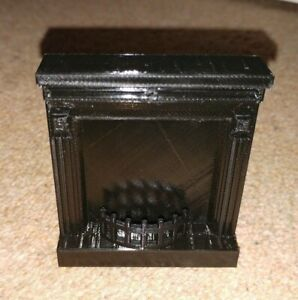 Dolls House Miniature 1:12th Scale Fireplace Mirror Living Room Accessory.