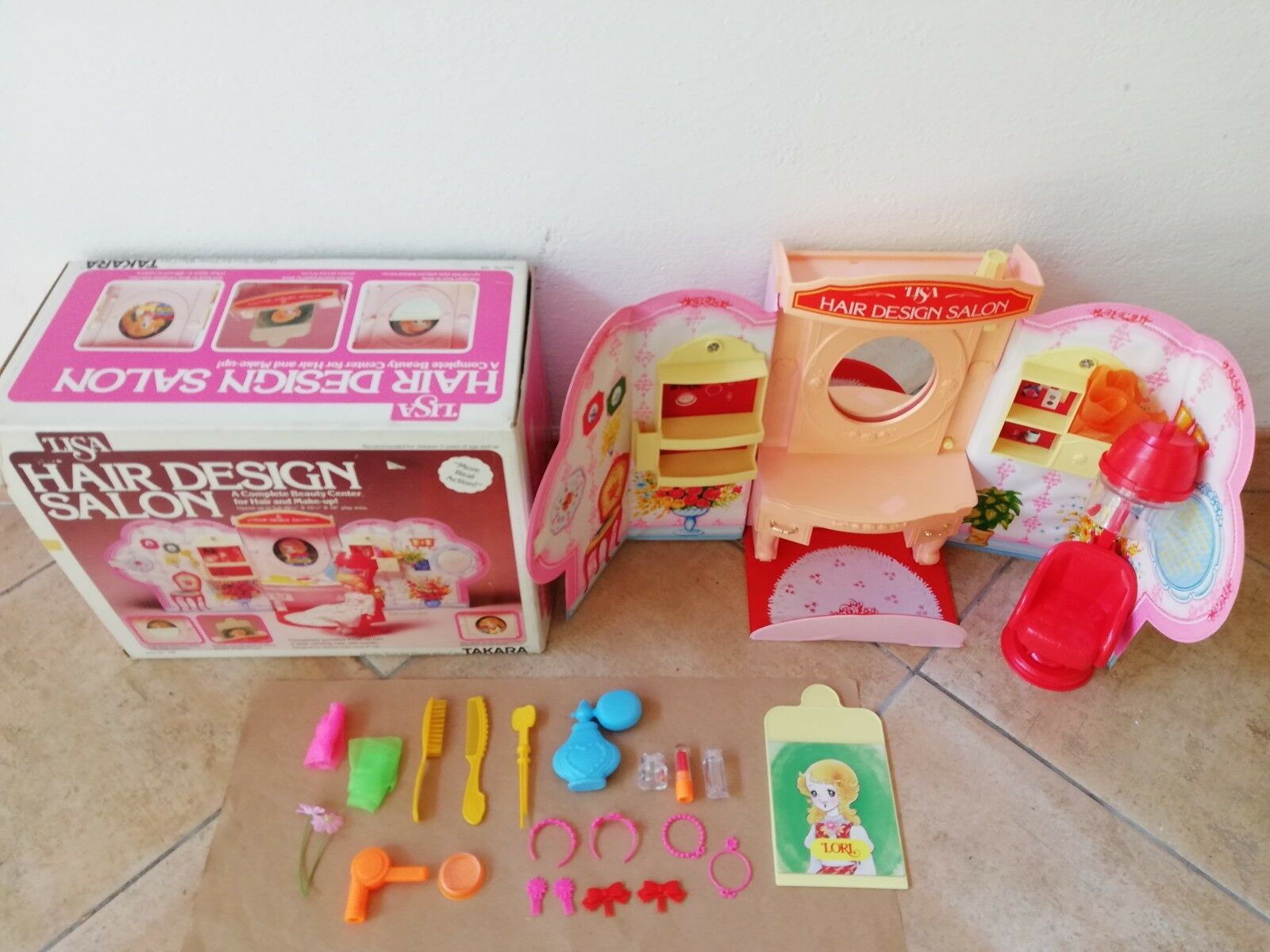LISA HAIR DESIGN SALON IN BOX VINTAGE TAKARA FASHION DOLLS