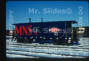 Original-Slide-MN-amp-S-Minneapolis-Northfield-amp-Southern-Fresh-Paint-Caboose-101